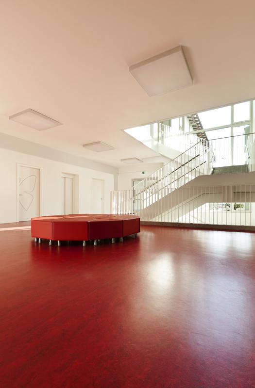 floorfacility-reinigen-linoleum-2